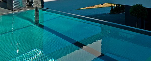 piscina-de-acero-inoxidable-con-cristal-001