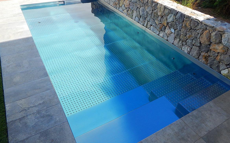 piscina-de-acero-inoxidable-en-jardin-3028