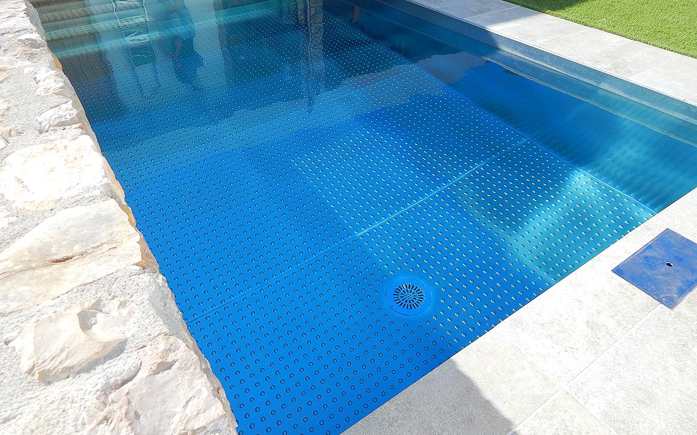 piscina-de-acero-inoxidable-en-jardin-6474